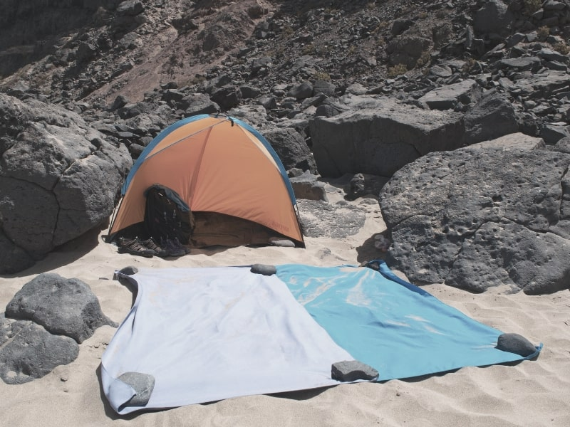 backpacking towels and tent