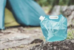 best collapsible water container camping featimage